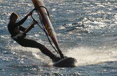 """Pietro (ITA-610) tirato come un arco """"solletica"""" l'acqua......"""