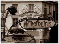 Pigalle - Alte Schilder