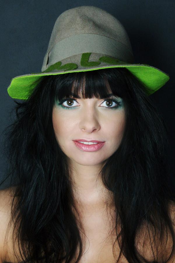 pimp up your hat
