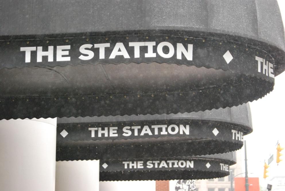 Pioggia in stazione ad agosto