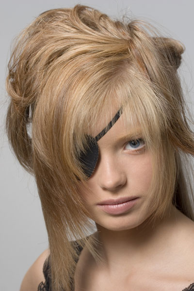 piratin foto bild fashion make up hairstyling frauen bilder auf fotocommunity. Black Bedroom Furniture Sets. Home Design Ideas