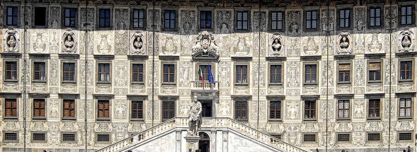 Pisa: Piazza dei Cavalieri