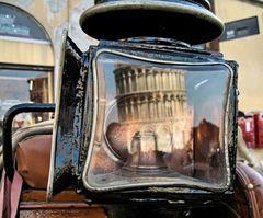 Pisa Turmspiegelung
