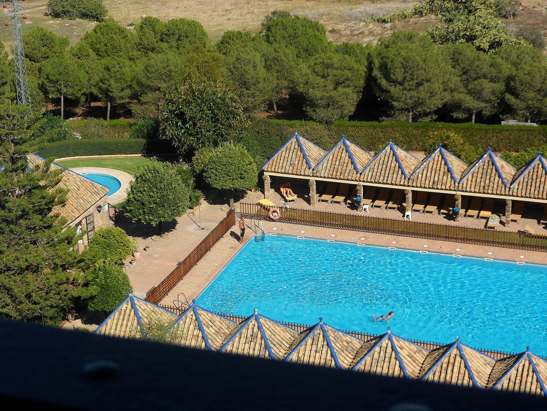 piscina del Parador Hotel en Carmona