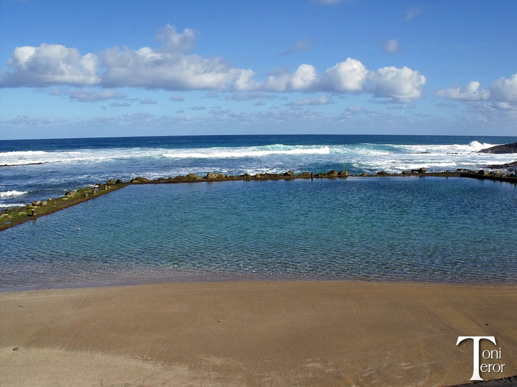Piscina en la playa