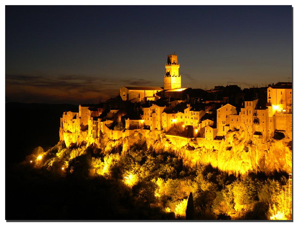 Pitigliano by night