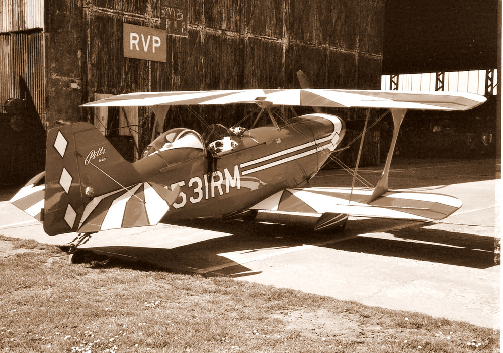 Pitts Bi - Plane