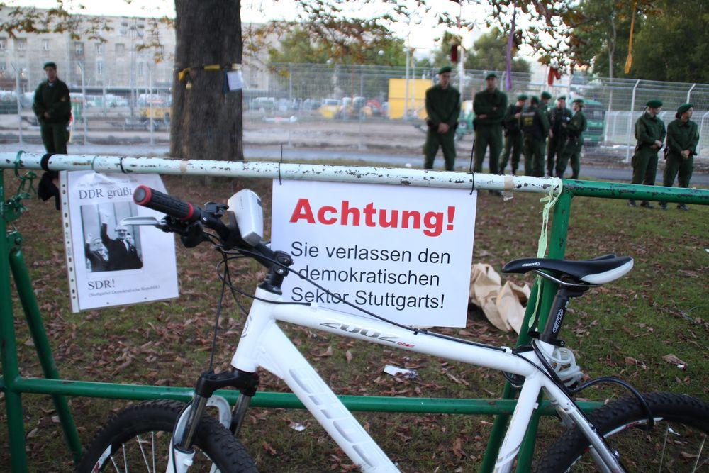 Plakat Demokratischer Sektor - Stuttgart Park 4.10