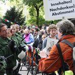 Plakat INNEHALTEN! Stuttgart Park 30.9 14:ooh 1165K