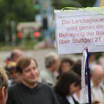 Plakat: Merkels Behauptung zu Stuttgart K21 jun2011+einGedicht