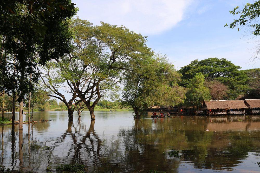 plan d'eau au Cambodge