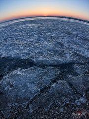 [ planet ice ]