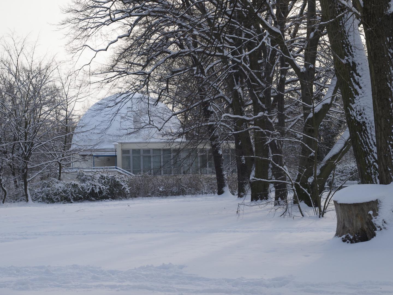 Planetarium Cottbus im Winter