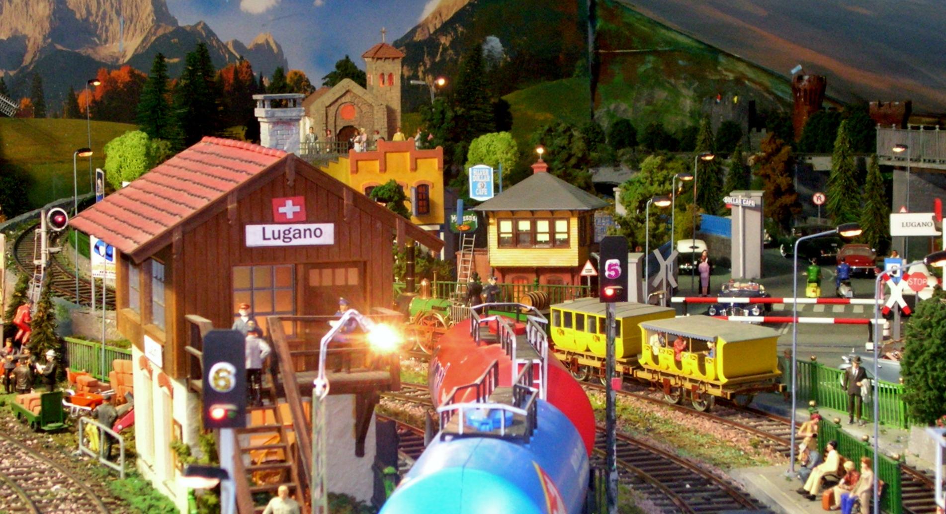 Plastico ferroviario scala 1 : 32