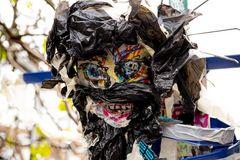 Plastikmüll-Maske