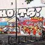 Platz Graffitti Paris 75010 +KAMPF am KANAL