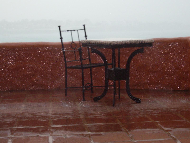 Platz im Regen