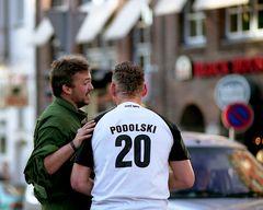 Platzverweis für Podolski