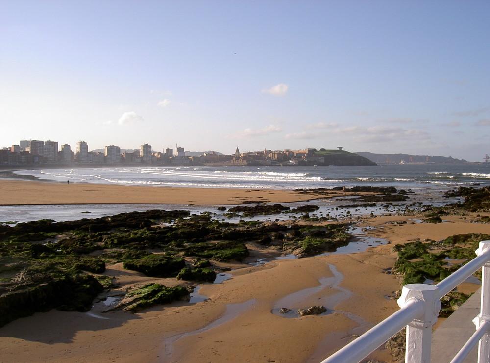 Playa de San Lorenzo (Gijón)