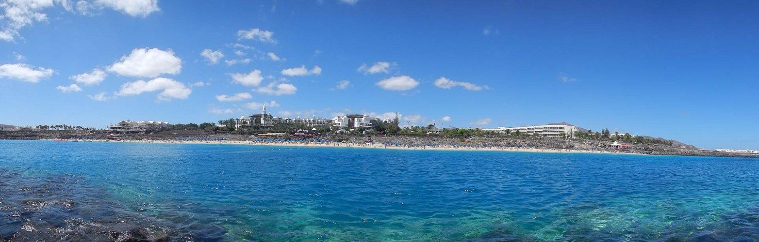 Playa Dorada - Felseninsel