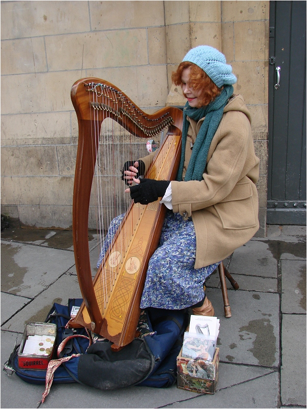 Playing the Irish Harp in Dublin