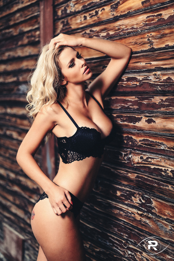 Playboy saskia. Playboy Playmate Miss Juli 2016 Saskia