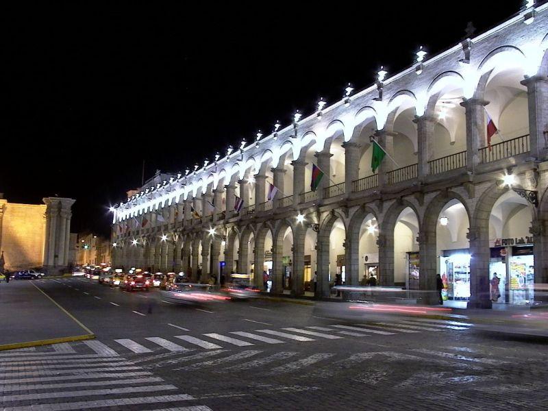 Plaza de Armas por la noche
