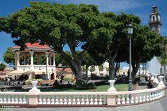 Plaza Nuestra Señora de Los Remedios mit Iglesia Nuestra Señora de Los Remedios