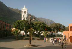 Plaza und Kirche in Garachico
