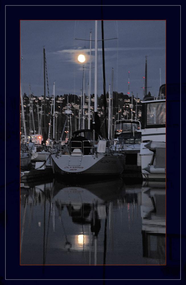 pleine lune sur Seattle