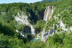 Plitvicer Seen - Grosser Wasserfall mit Umgebung