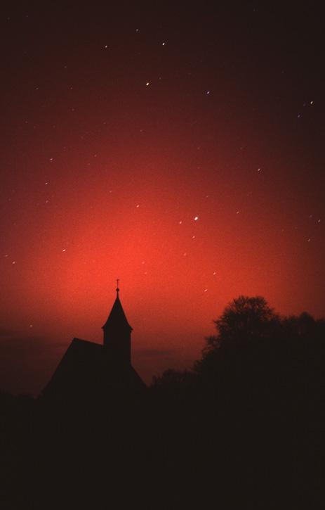 Polarlicht über der Kapelle St. Bartholomä