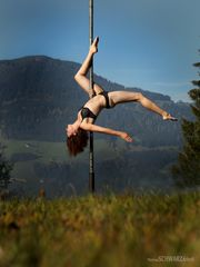 pole dance outdoor