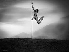 pole dance 04