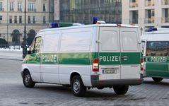 Polizei Aachen.