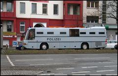 Polizei Bus