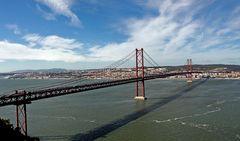 ponte 25 de april