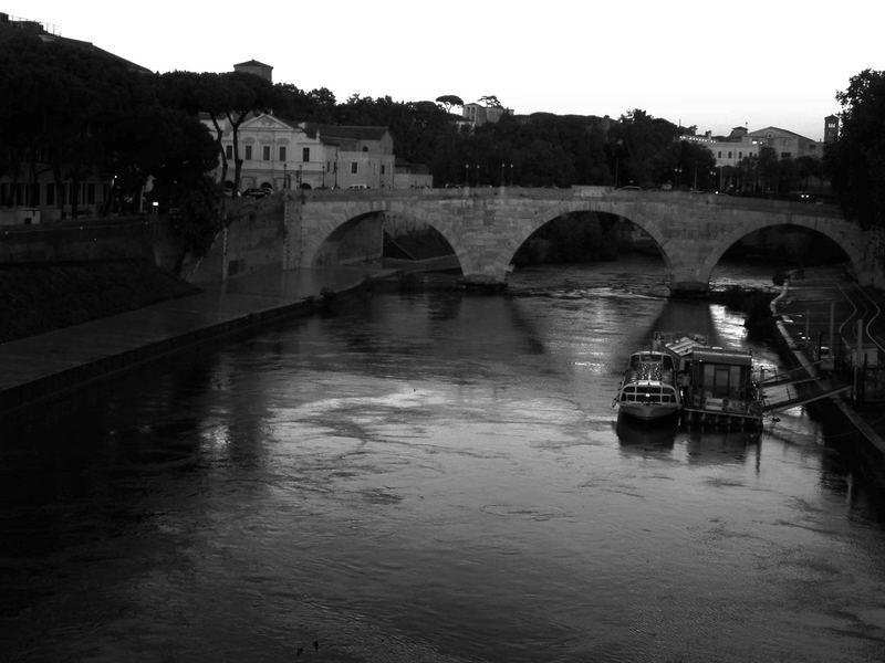 Ponte Cestio - Isola Tiberina Roma