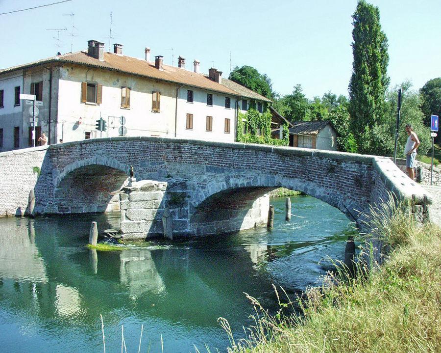 Ponte di castelletto di cuggiono foto immagini for Disegni di ponte a 2 livelli