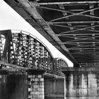 ponte fiume Po' Cremona