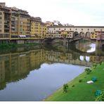 Ponte Vecchio: Die älteste Brücke in Florenz