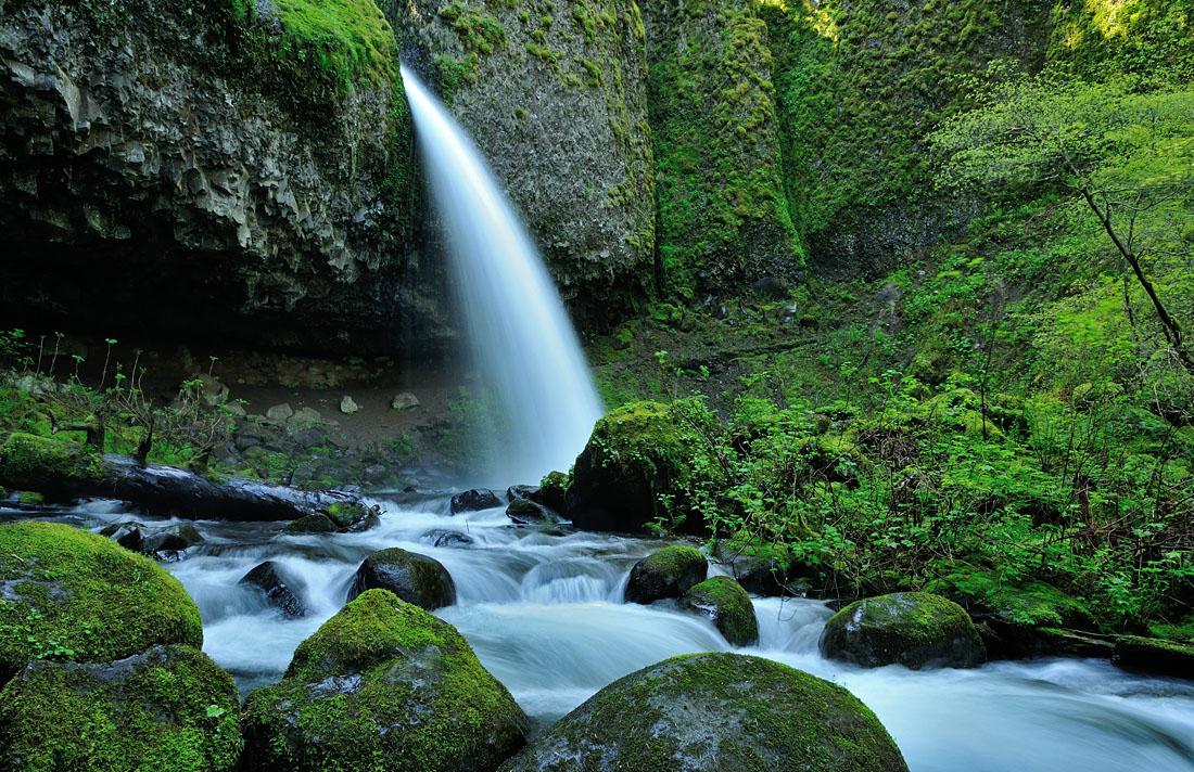 Ponytail Falls II