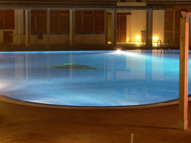 Pool @ night (Eivissa)