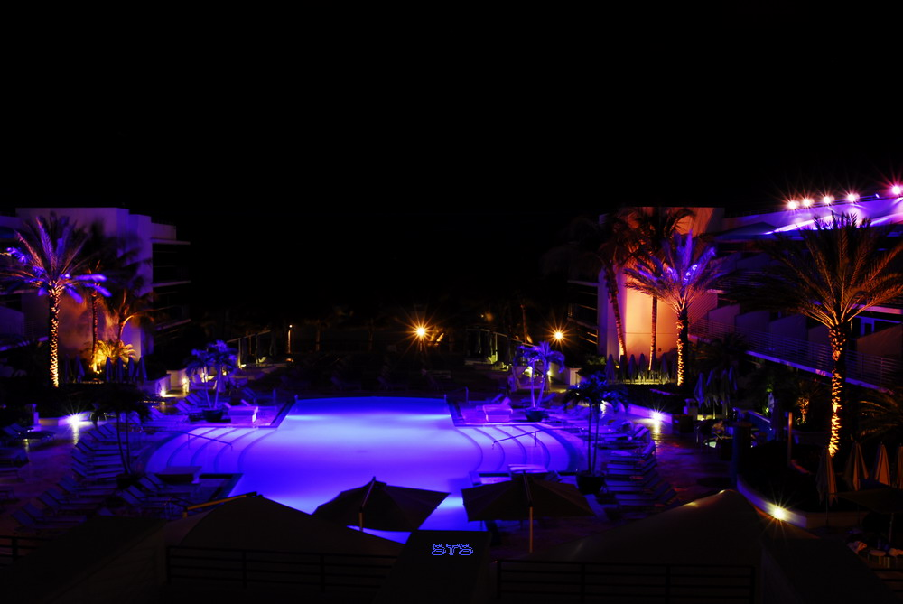 Pool vom Ritz Carlton
