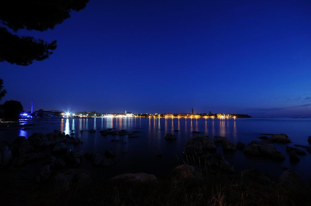 Porec (Istrien) bei Nacht II