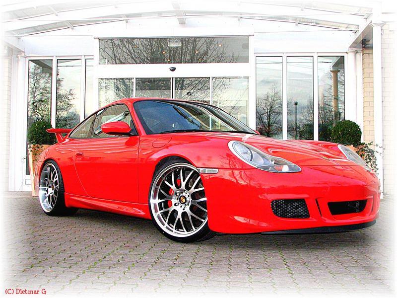 Porsche - ein Traum in rot (1)
