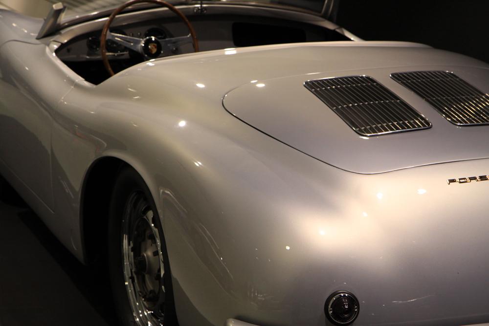 Porsche - Fließende Formen