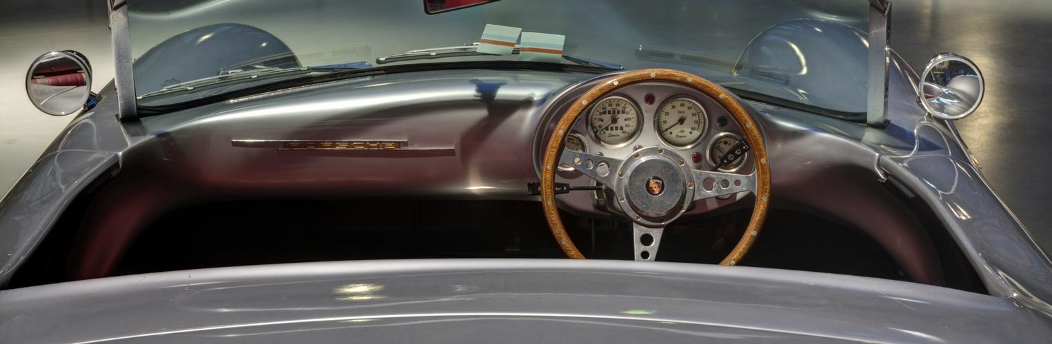 Porsche Spider HDR