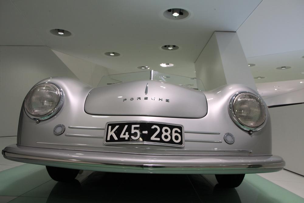 Porsche - Straßenkreuzer