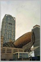 Port Olímpic: Der Wal ist gestrandet...